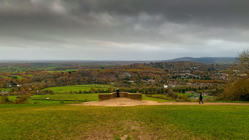 Box-hill-view-point-cloudy-day-view