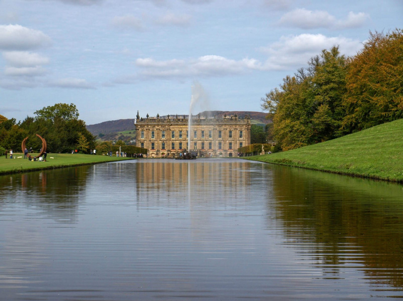 chatsworth-house-water-features