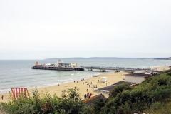 giant-beach-chair-at-bournemouth-beach