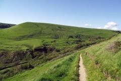 Walk-from-Worth-Matravers-to-Chapmans-Pool-down-the-hill