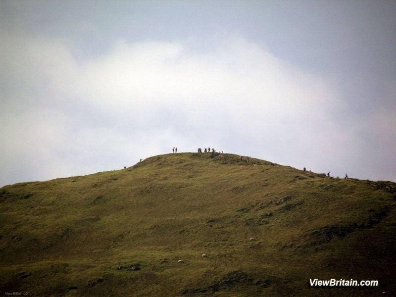 Hikers-Climbing-the-Cat-Bells-Summit-Keswick-Lake-District