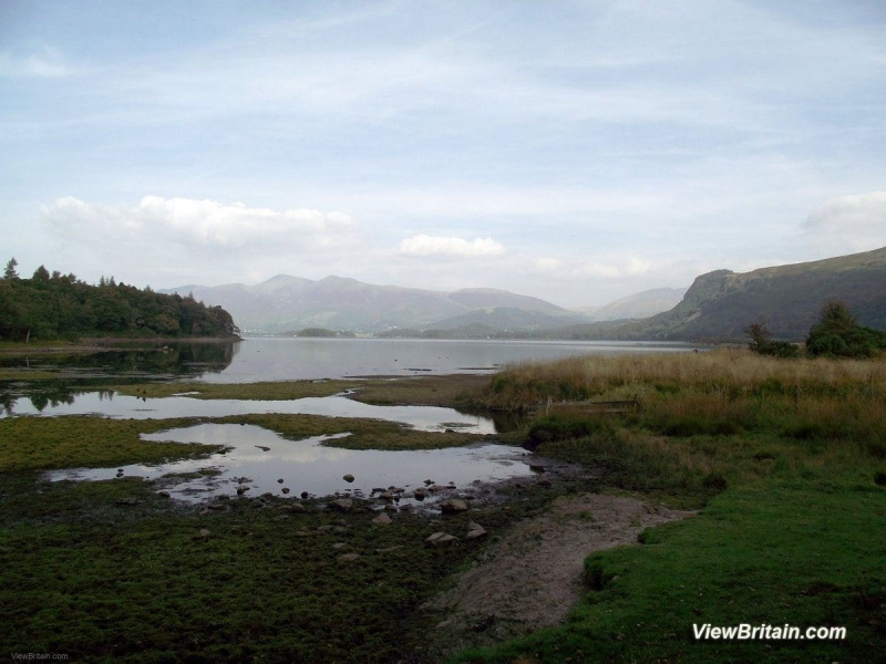View-across-Derwentwater-Lake-from-south-Keswick