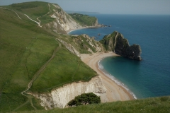remote-serene-durdle-door-beach-at-lulworth-dorset