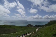 the-walk-to-durdle-door-beach-from-durdle-door-car-park