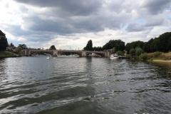 Hampton-Court-Bridge-Surrey-UK