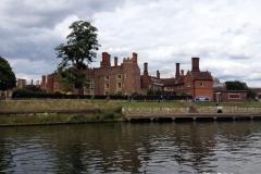 Hampton-court-boat-landing-stage