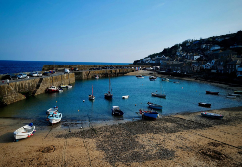 Mousehole-harbour-cornwall-by-jeremy-stewardson