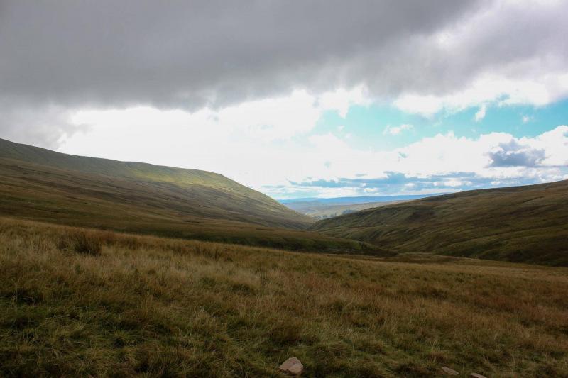 climbing-pen-y-fan-views-at-the-start