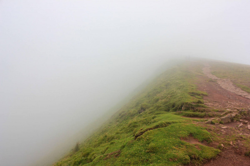 sudden-clouds-and-windy-condition-corn-du-mountain