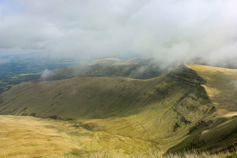 view-of-brecon-beacons-from-pen-y-fan-mountain