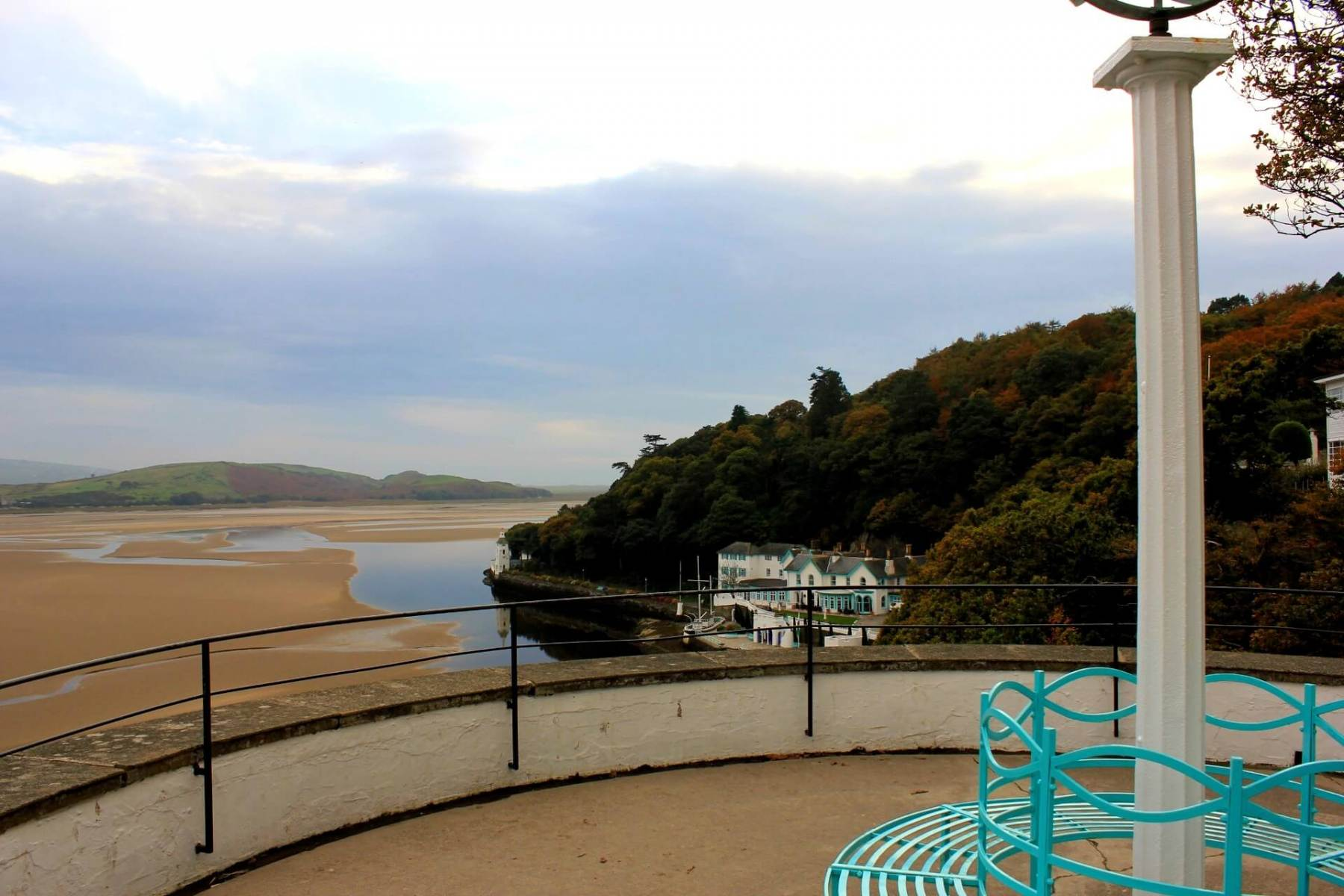 View-of-the-estuary-from-portmeirion