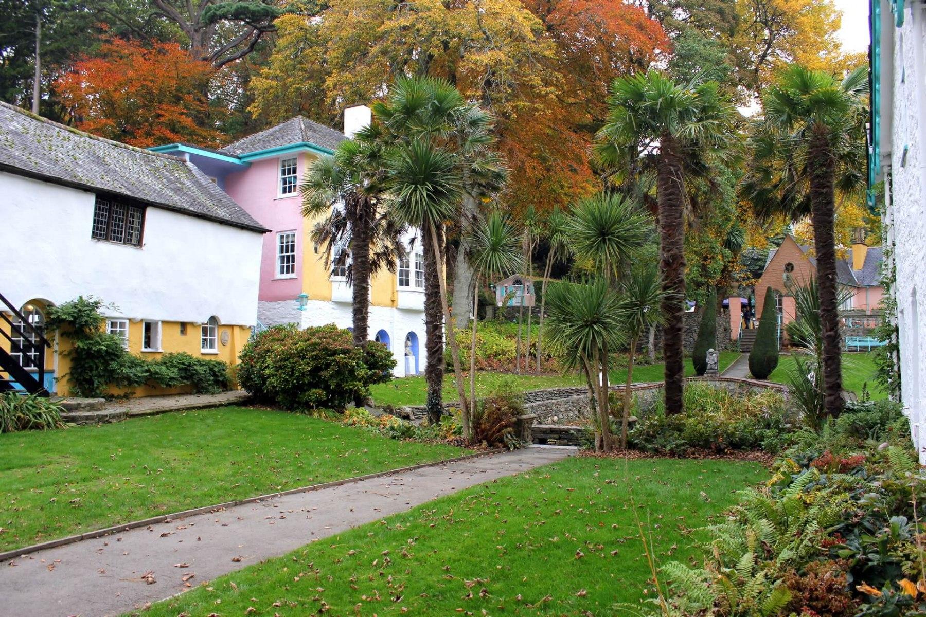 lanscaped-gardens-portmeirion