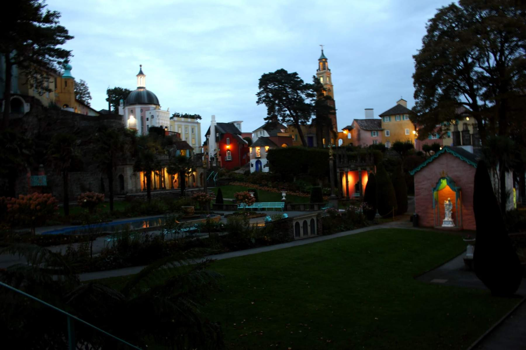 portmeirion-after-sunset-2
