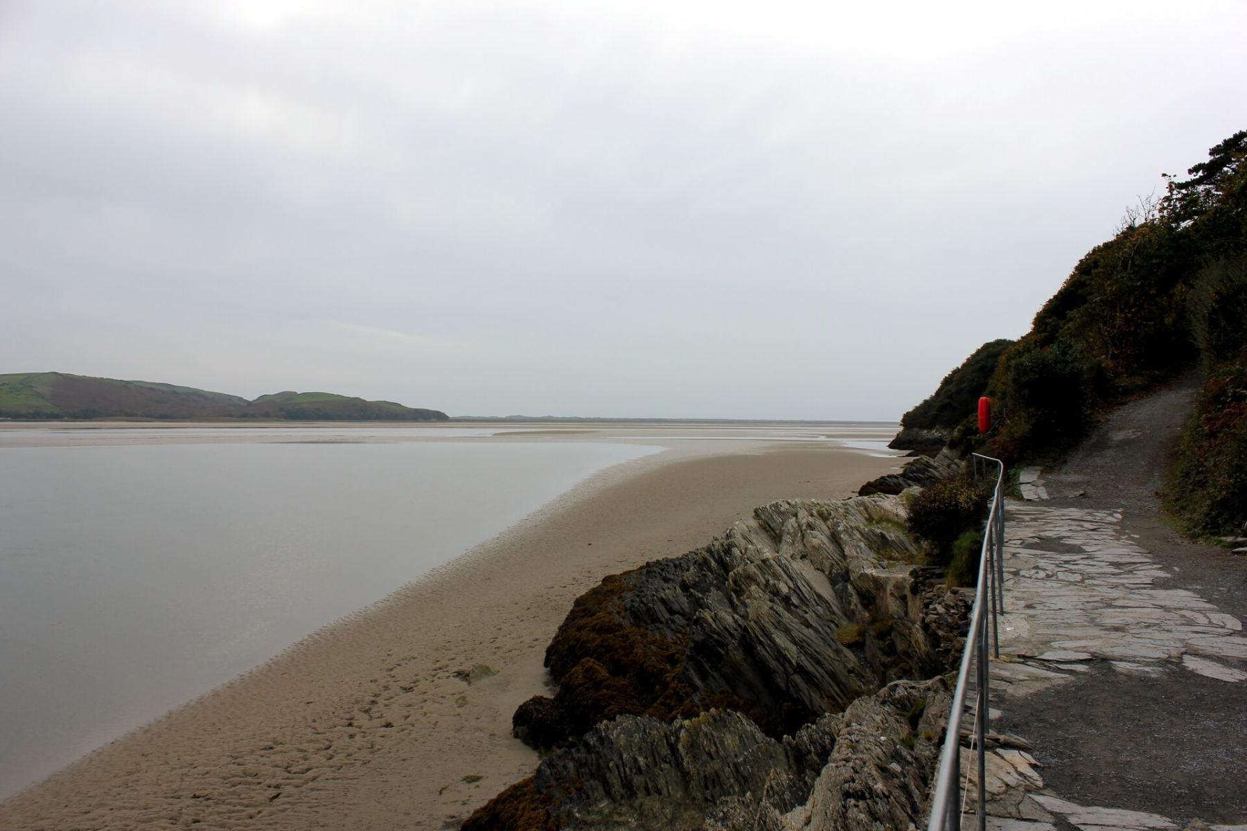 portmeirion-estuary-view-coastal-path