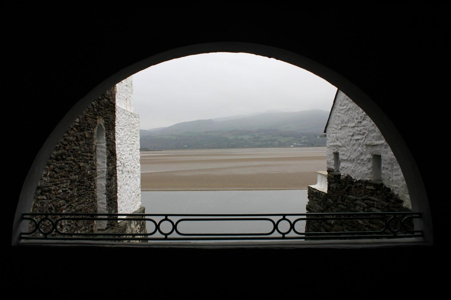 portmeirion-observatory-tower-view-of-eastuary-3
