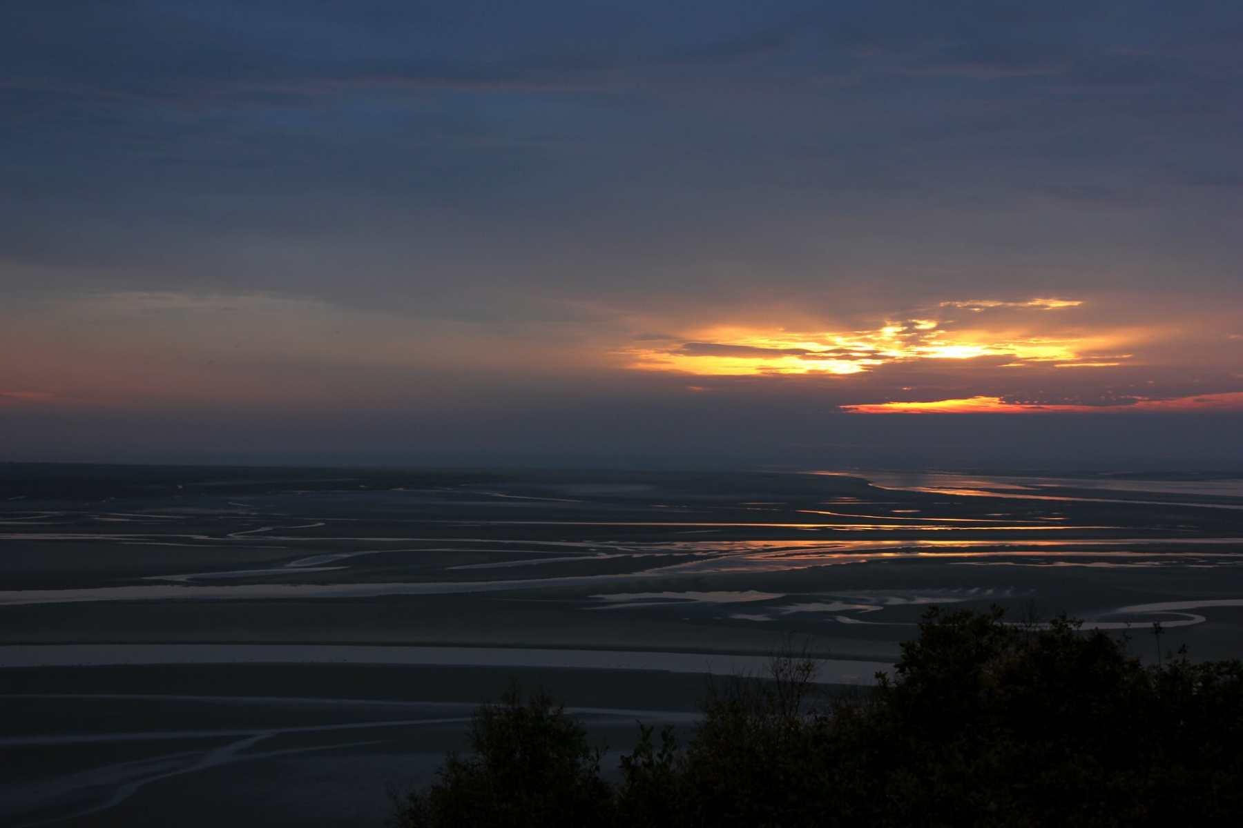 sunset-over-portmeirion-estuary-2