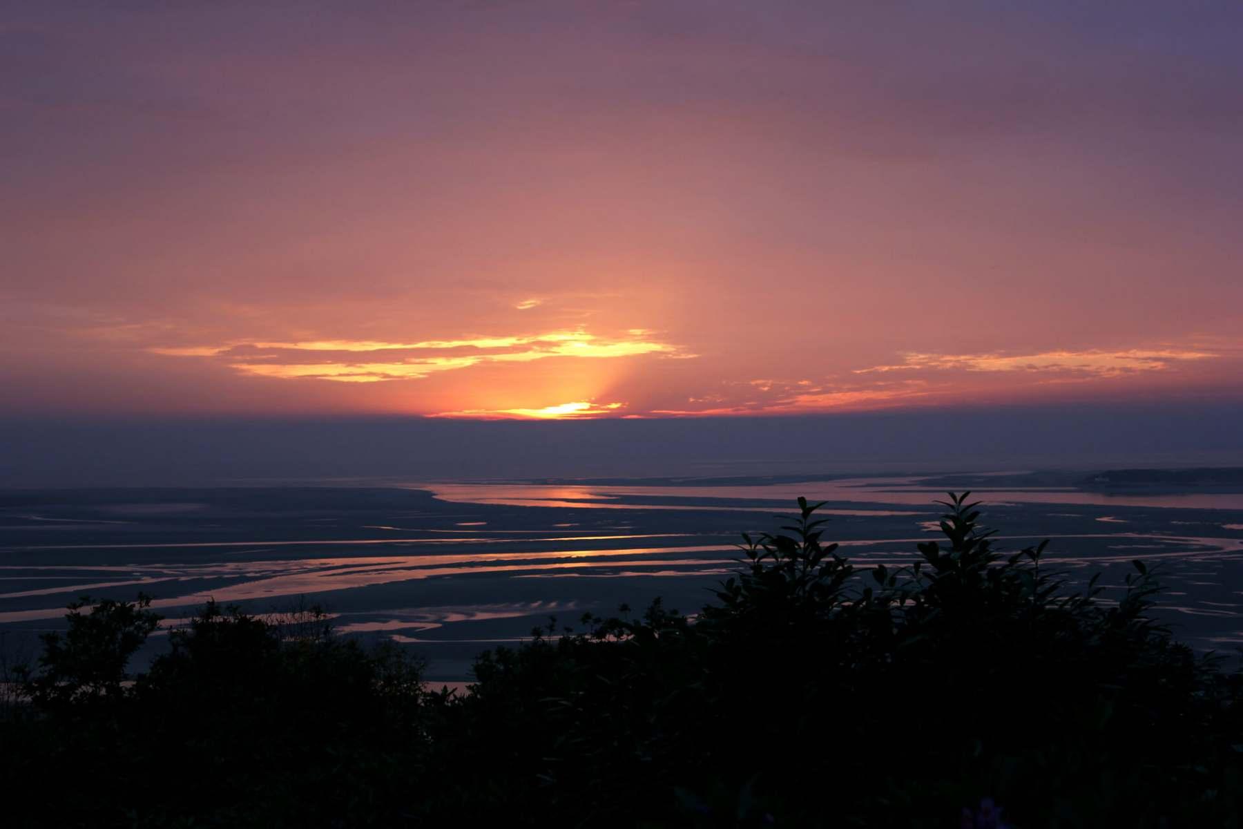 sunset-over-portmeirion-estuary-3