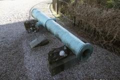 Canon-from-Spanish-Armada-in-Inveraray-castle-Scotland