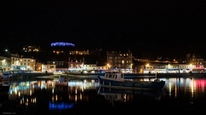 Oban-bay-at-night-scotland