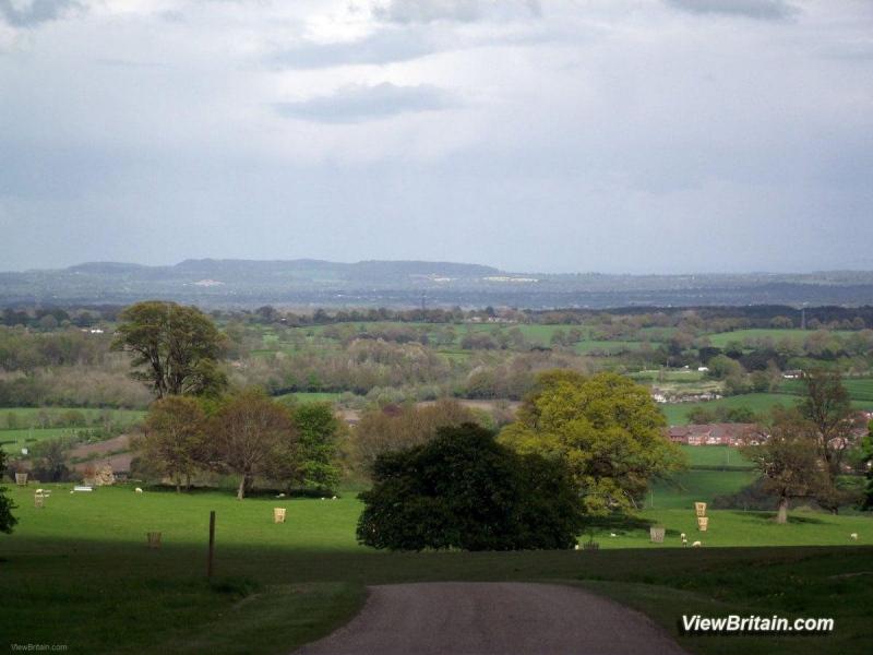 Castle-Grounds-Landscape-Chirk-Castle-Wales