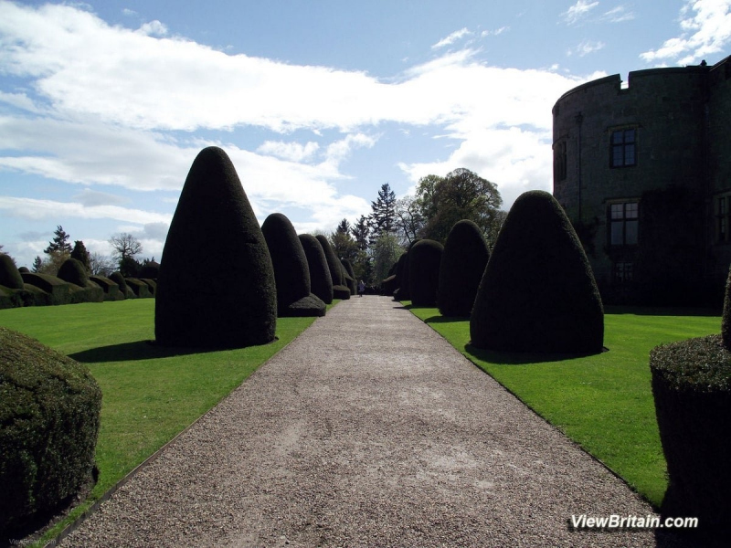 Chirk-Castle-Entrance-view-Wales