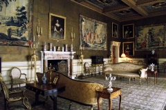 Gentlemens-after-dinner-cigar-room-Chirk-Castle-Wales