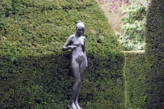 Statues-of-Blindfolded-Female-Chirk-Castle-Wales