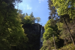 pistyll-rhaeadr-waterfall-photo-with-blue-sky