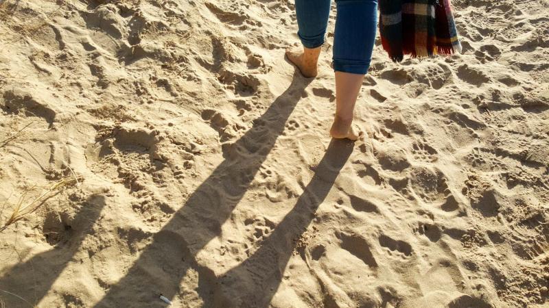 Wells-next-the-sea-beach-feet-in-sand