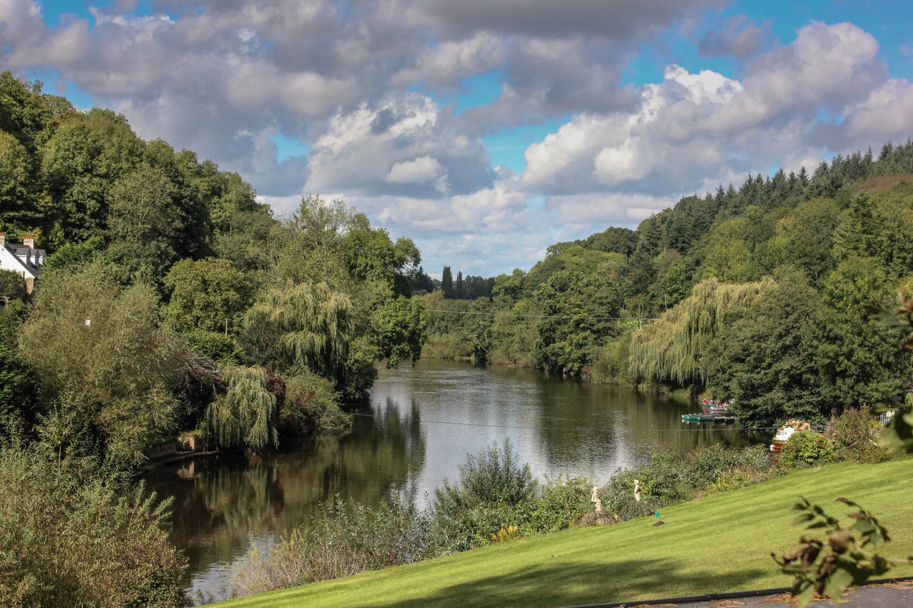 river-wye-panoramic-view-wye-valley