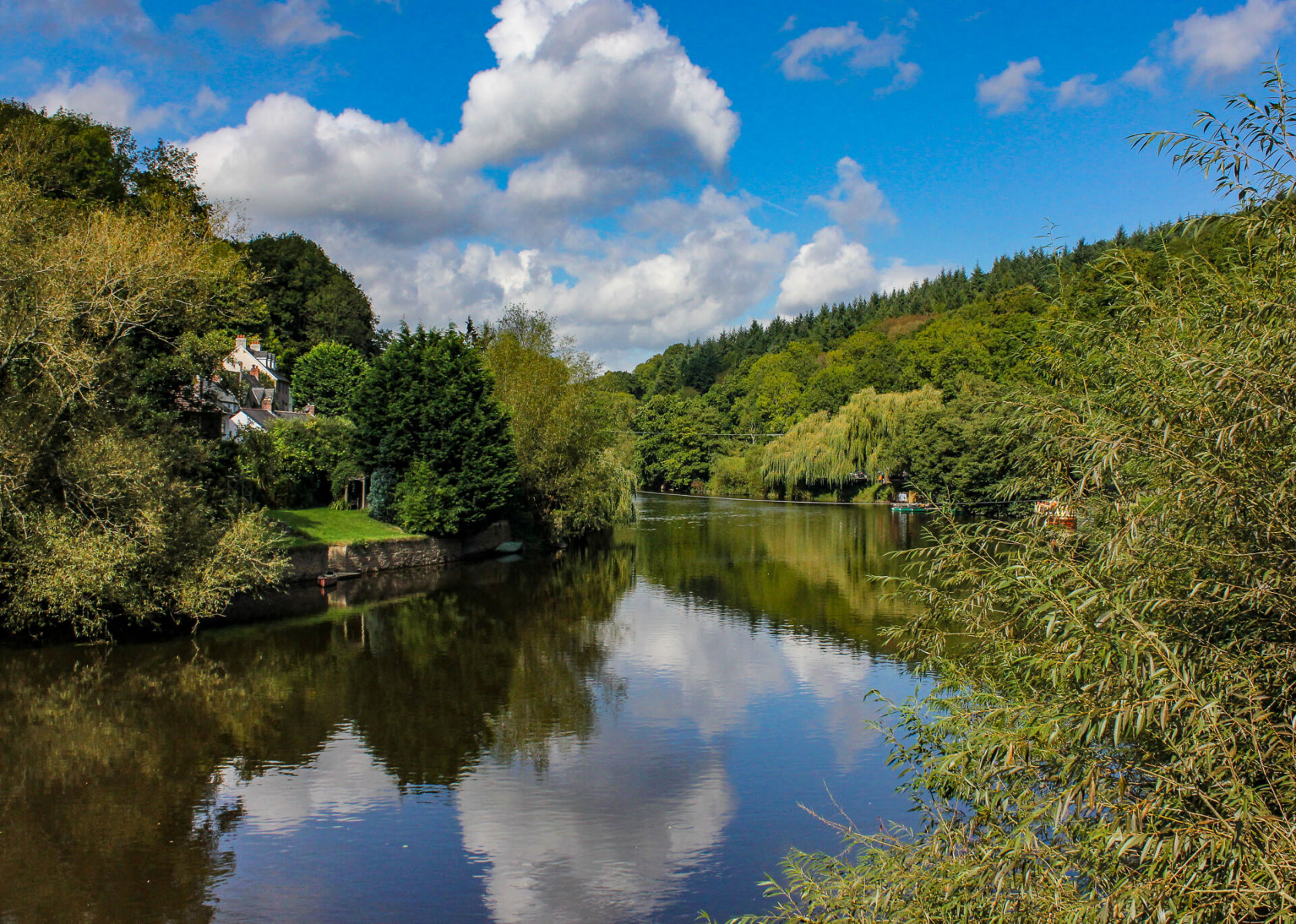 wye-valley-riverside-walk-view