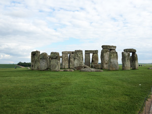 Stonehenge – Tourist Information, Secrets and Mysteries of Stonehenge and Pictures
