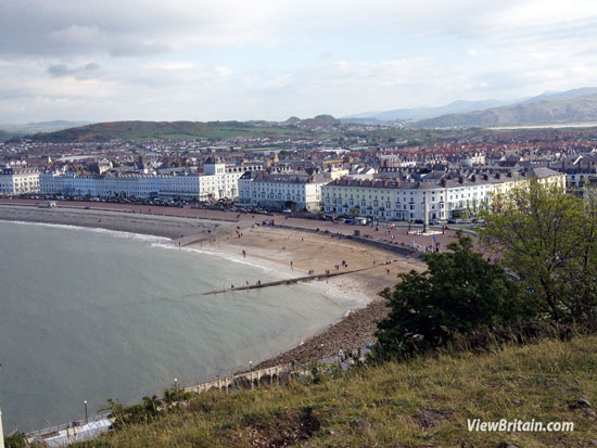 Llandudno – Top 7 Things To Do in this Traditional British Seaside Town