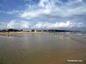 Poole Sandbanks Beach – Tourist Information, Pictures and Things to do in Poole