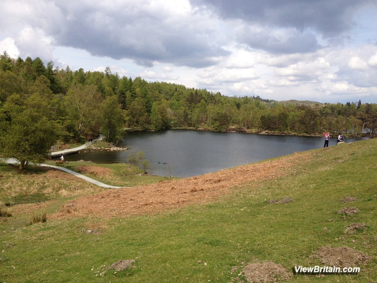 Read more about the article Tarn Hows Lake – Tourist Information and Pictures