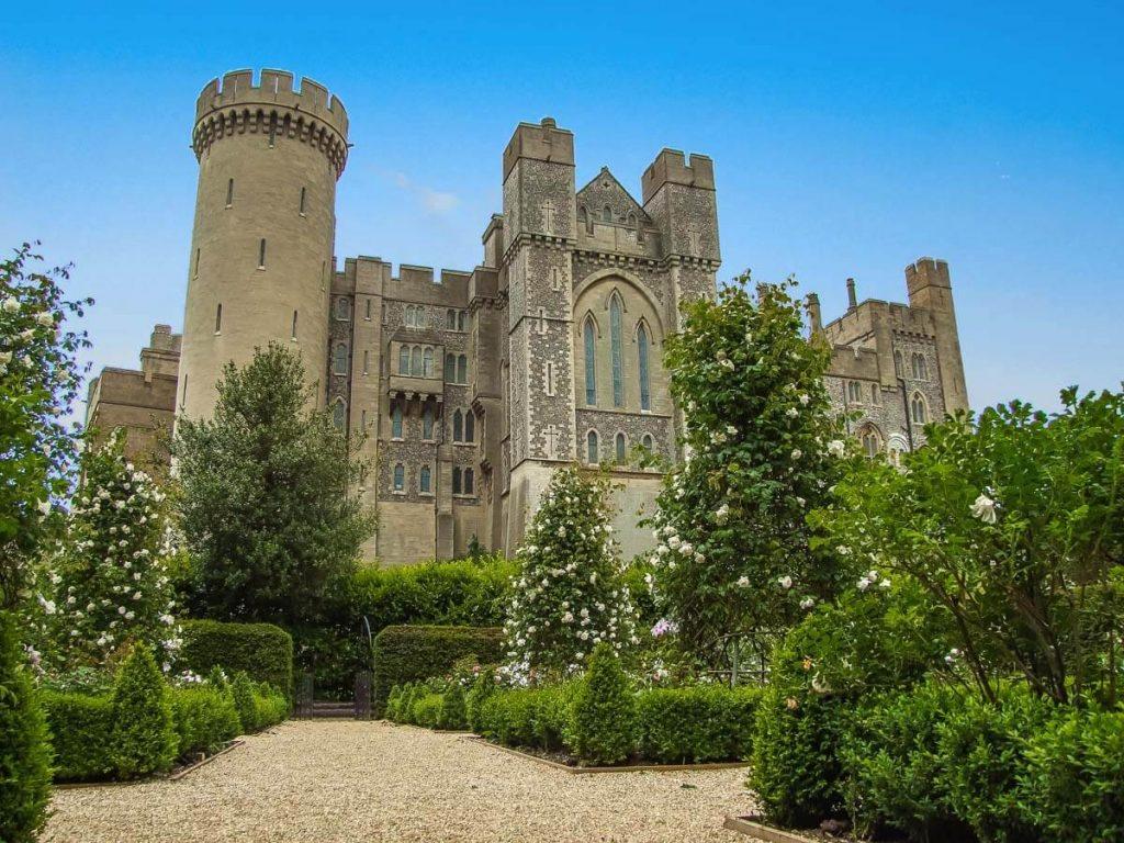 arundel-castle-front-view