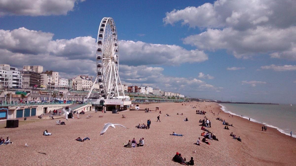 Brighton Beach & Pier – Tourist Information and Pictures