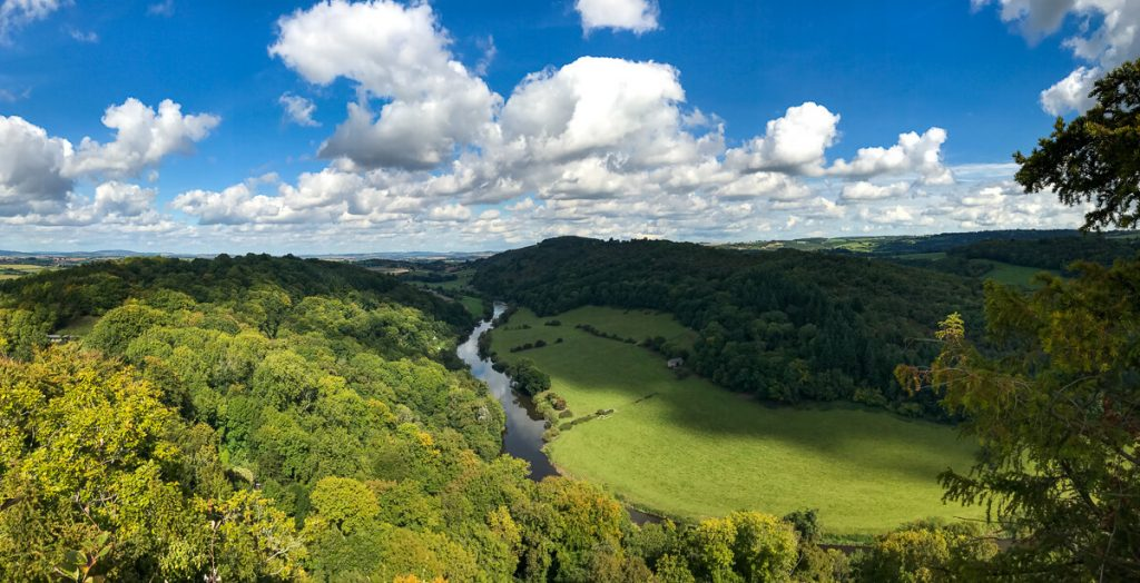 panoramic-view-of-river-wye-from-yat-rock