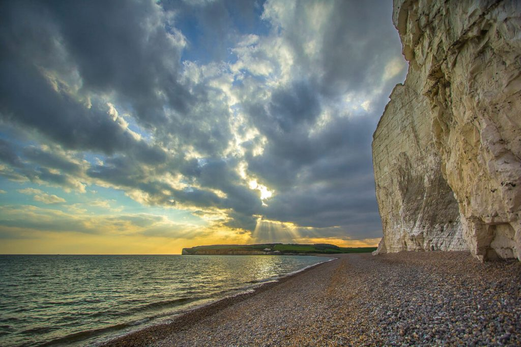 seven-sisters-beach-and-cliffs