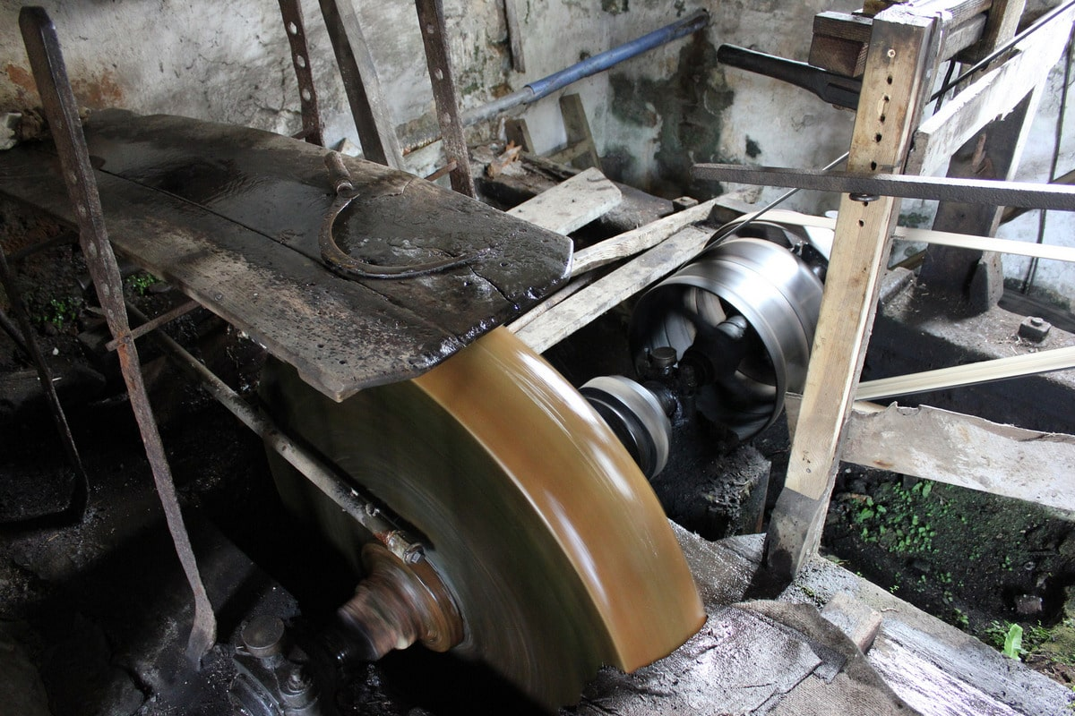 Read more about the article Finch Foundry – The last working water-powered forge in England
